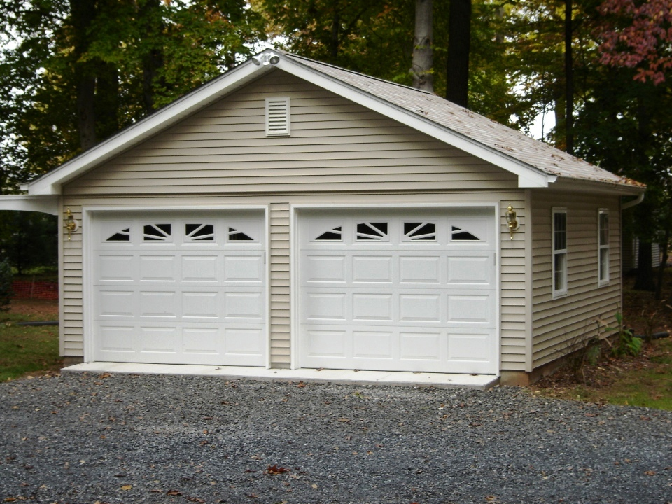 2 car garages garages by opdyke. Black Bedroom Furniture Sets. Home Design Ideas
