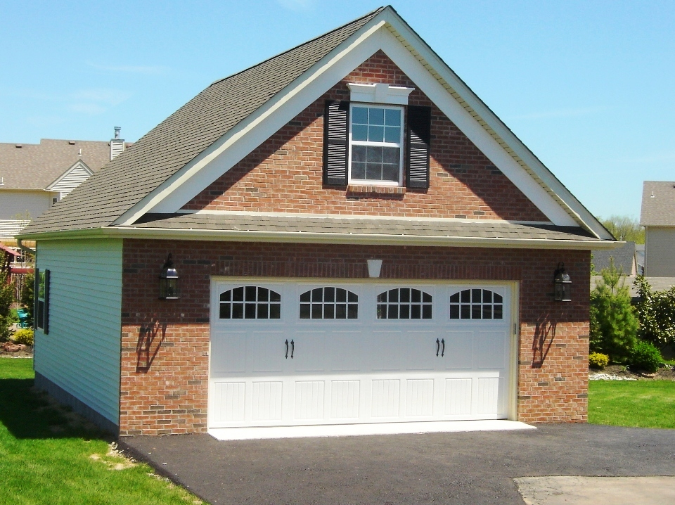 Garages by opdyke custom built to match your home for Garage built homes