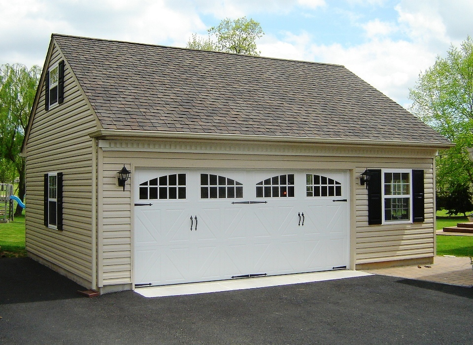 Amazing 1 1 2 car garage 2 single car garage plans for Oversized one car garage